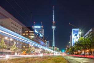 Alexander Platz by night with light trails, Berlin, Germany, Europeの写真素材 [FYI03790910]