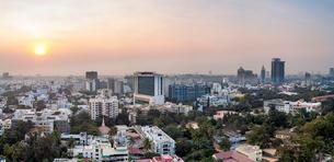 City skyline, Bangalore (Bangaluru), capital of the state of Karnataka, India, Asiaの写真素材 [FYI03791057]