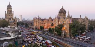 Chhatrapati Shivaji Maharaj Terminus railway station (CSMT), formerly Victoria Terminus, UNESCO Worlの写真素材 [FYI03791089]