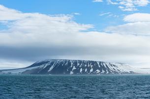 Palanderbukta Bay, Gustav Adolf Land, Nordaustlandet, Svalbard archipelago, Arctic, Norway, Europeの写真素材 [FYI03791291]
