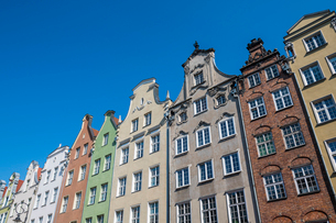 Hanseatic League houses in the pedestrian zone of Gdansk, Poland, Europeの写真素材 [FYI03791323]