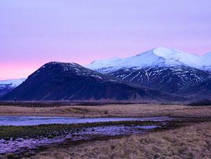 Mountains early in the morning at sunrise in the Snaefellsnes Peninsula, Iceland, Polar Regionsの写真素材 [FYI03791718]