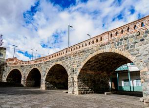 Puente Roto, broken bridge, Cuenca, Azuay Province, Ecuador, South Americaの写真素材 [FYI03791737]