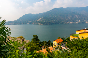 View of Lake Como from Nesso, Province of Como, Lake Como, Lombardy, Italian Lakes, Italy, Europeの写真素材 [FYI03792265]