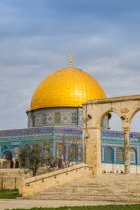 Dome of the Rock, Temple Mount, Old City, UNESCO World Heritage Site, Jerusalem, Israel, Middle Eastの写真素材 [FYI03792407]