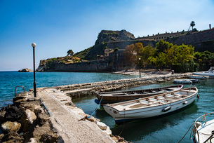 Harbor by Old Fortress in Corfu, Greece, Europeの写真素材 [FYI03792905]