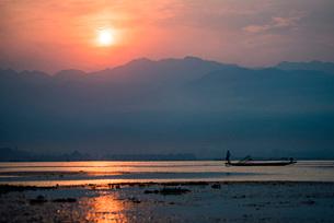 Inle Lake, Shan State, Myanmar (Burma), Asiaの写真素材 [FYI03792922]