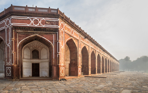 Corner of Humayun's Tomb in Delhi, India, Asiaの写真素材 [FYI03793046]