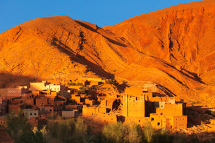 Kasbah at sunset, Ait Arbi, Dades Valley, Road of Kasbahs, Atlas Mountains, Southern Morocco, Moroccの写真素材 [FYI03793338]
