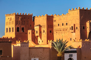 Kasbah Taourirt, Ouarzazate, Road of Kasbahs, Atlas Mountains, Southern Morocco, Morocco, North Afriの写真素材 [FYI03793339]