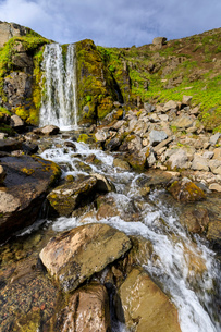 Waterfall in Hvanneyrarskal, Iceland, Europeの写真素材 [FYI03793533]