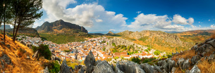 Panorama of white town of Montejaque by mountains in Serrania de Ronda, Spain, Europeの写真素材 [FYI03793770]