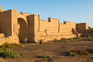 Reconstructed ruins of Babylon, Iraq, Middle Eastの写真素材 [FYI03793867]
