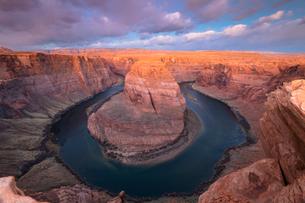 Horseshoe Bend on the Colorado River, Page, Arizona, United States of America, North Americaの写真素材 [FYI03794363]