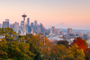 View of the Space Needle from Kerry Park, Seattle, Washington State, United States of America, Northの写真素材 [FYI03794436]