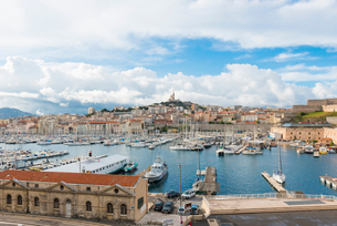 Old Port and Notre Dame, Marseille, Bouches du Rhone, Provence, Provence-Alpes-Cote d'Azur, France,の写真素材 [FYI03794554]