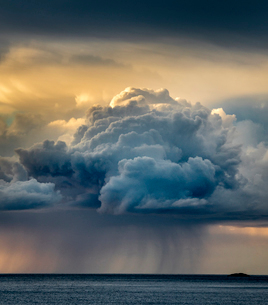 Rain cloud, Senja, Norway, Scandinavia, Europeの写真素材 [FYI03795040]