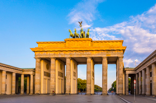 Brandenburg Gate in Berlin, Germany, Europeの写真素材 [FYI03795166]