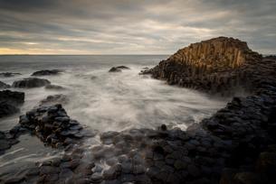 Giant's Causeway, UNESCO World Heritage Site, County Antrim, Northern Ireland, United Kingdom, Europの写真素材 [FYI03795287]