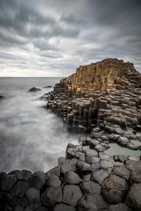 Giant's Causeway, UNESCO World Heritage Site, County Antrim, Northern Ireland, United Kingdom, Europの写真素材 [FYI03795289]
