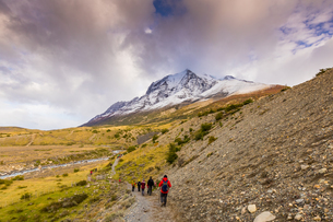 Hiking through Torres del Paine National Park, Patagonia, Chile, South Americaの写真素材 [FYI03795520]