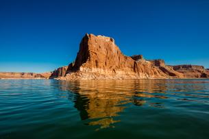 Beautiful Lake Powell, border of Arizona and Utah, United States of America, North Americaの写真素材 [FYI03795584]