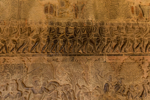 Hand-carved stone walls at Angkor Wat temples, Angkor, UNESCO World Heritage Site, Siem Reap, Cambodの写真素材 [FYI03795645]