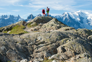 Mont Blanc range seen from the Tour du Mont Blanc trekking route near Lac Blanc in the French Alps,の写真素材 [FYI03795759]