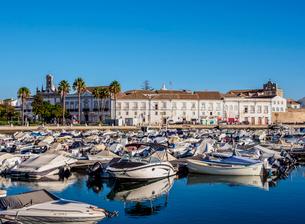 Marina in Faro, Algarve, Portugal, Europeの写真素材 [FYI03796314]