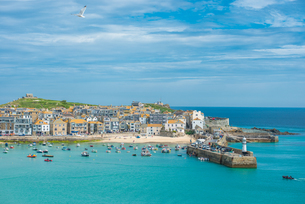 Panoramic views of St. Ives in Cornwall, England, United Kingdom, Europeの写真素材 [FYI03796769]