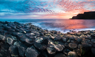 Giants Causeway, UNESCO World Heritage Site, County Antrim, Ulster, Northern Ireland, United Kingdomの写真素材 [FYI03796946]