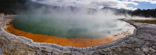 Champagne Pool in the Waiotapu geothermal area in the North Island, New Zealand, Pacificの写真素材 [FYI03796970]