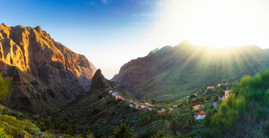 Panoramic aerial view over Masca village, the most visited tourist attraction, Tenerife, Canary Islaの写真素材 [FYI03797047]