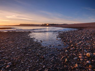 Warm afternoon winter sunset at Budleigh Salterton, Devon, England, United Kingdom, Europeの写真素材 [FYI03797174]