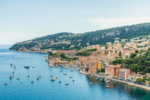 Elevated view over Villefranche sur Mer, Alpes Maritimes, Provence Alpes Cote d'Azur, French Rivieraの写真素材 [FYI03797328]