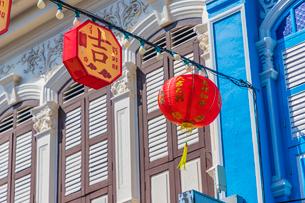 Beautiful Sino Portuguese architecture in Phuket Old Town, Phuket, Thailand, Southeast Asia, Asiaの写真素材 [FYI03797351]