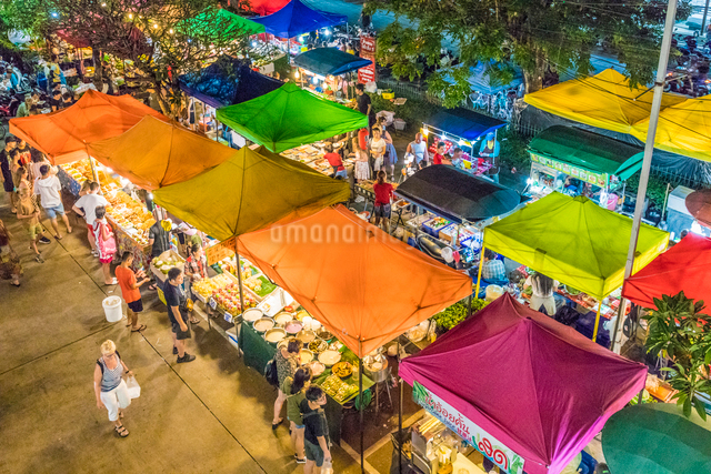 An aerial view of the Banzaan night market in Patong, Phuket, Thailand, Southeast Asia, Asiaの写真素材 [FYI03797386]