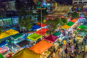 An aerial view of the Banzaan night market in Patong, Phuket, Thailand, Southeast Asia, Asiaの写真素材 [FYI03797387]