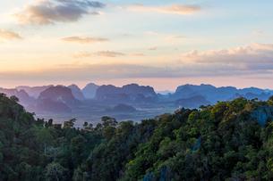 Views over Krabi from the Tiger Temple cave in Krabi, Thailand, Southeast Asia, Asiaの写真素材 [FYI03797448]