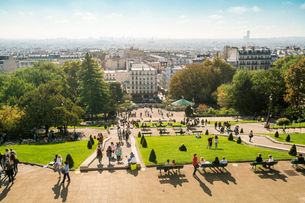 View from Sacre Coeur towards the city, Montmartre, Paris, France, Europeの写真素材 [FYI03797672]