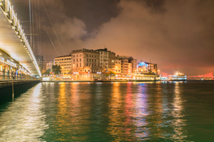 View of Kadikoy at night, the European part of Istanbul and the party district, Istanbul, Turkey, Euの写真素材 [FYI03797705]