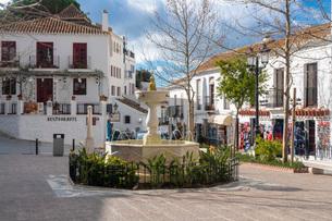 Old white village of Mijas, Malaga province, Andalucia, Spain, Europeの写真素材 [FYI03797736]