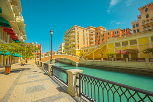 Beautiful Little Venice with canals connected by bridges in Venetian style and colouRF-NEul houses iの写真素材 [FYI03798276]