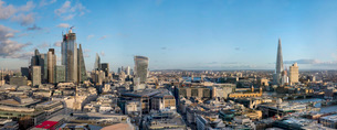 Panorama of the City of London and The Shard, London, England, United Kingdom, Europeの写真素材 [FYI03798486]
