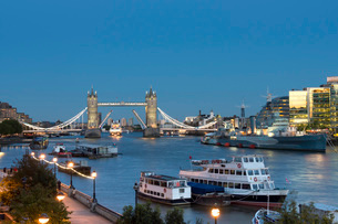 City of London panorama, London, England, United Kingdom, Europeの写真素材 [FYI03798491]