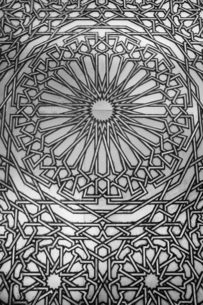 Detail of Royal Door of Hassan II Mosque, decorated with traditional motifs engraved on brass and tiの写真素材 [FYI03798536]