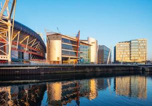 Millennium Stadium Plaza and city centre new development, Cardiff, Wales, United Kingdom, Europeの写真素材 [FYI03798652]