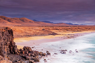 Coast, El Cotillo, Fuerteventura, Canary Islands, Spain, Atlantic, Europeの写真素材 [FYI03798654]