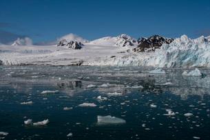 Lilliehook Glacier, Spitsbergen, Svalbard Islands, Arctic, Norway, Europeの写真素材 [FYI03798848]