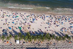Copacabana Beach, Rio de Janeiro, Brazil, South Americaの写真素材 [FYI03799034]